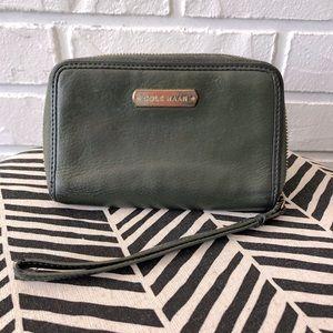 Cole Haan Aveline zip wristlet phone case wallet
